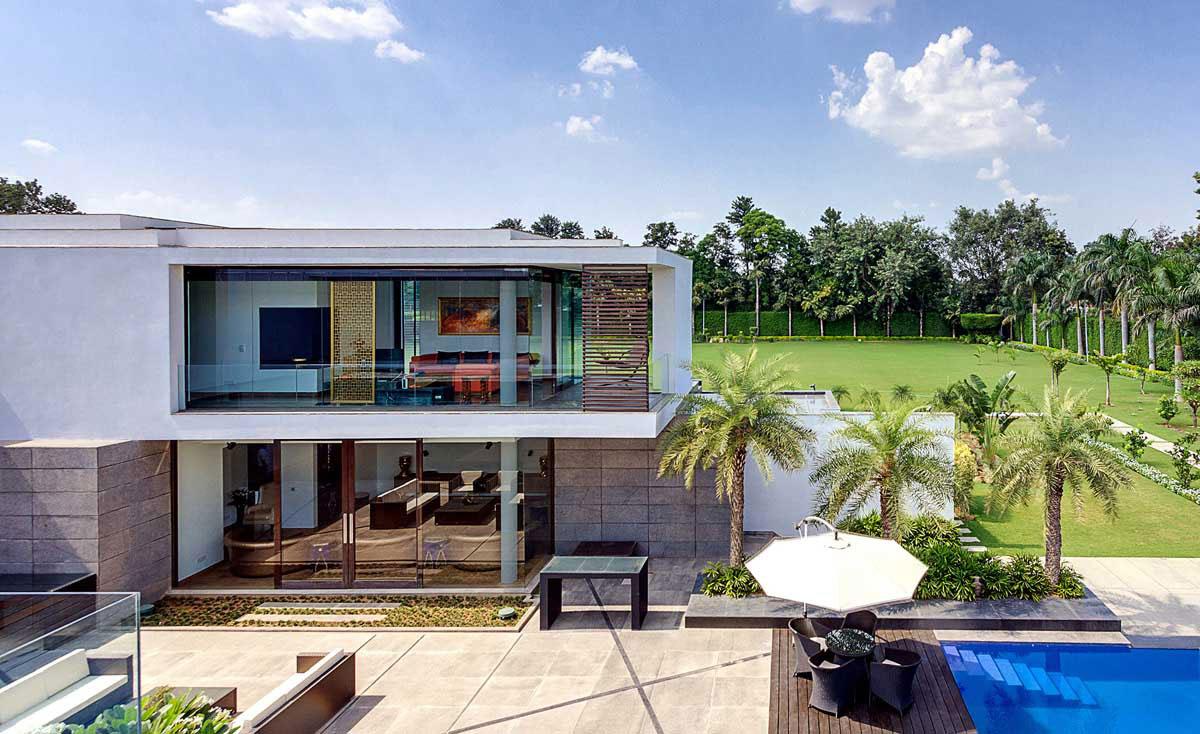 Modern Center Court Villa in New Delhi by DADA Partners-02