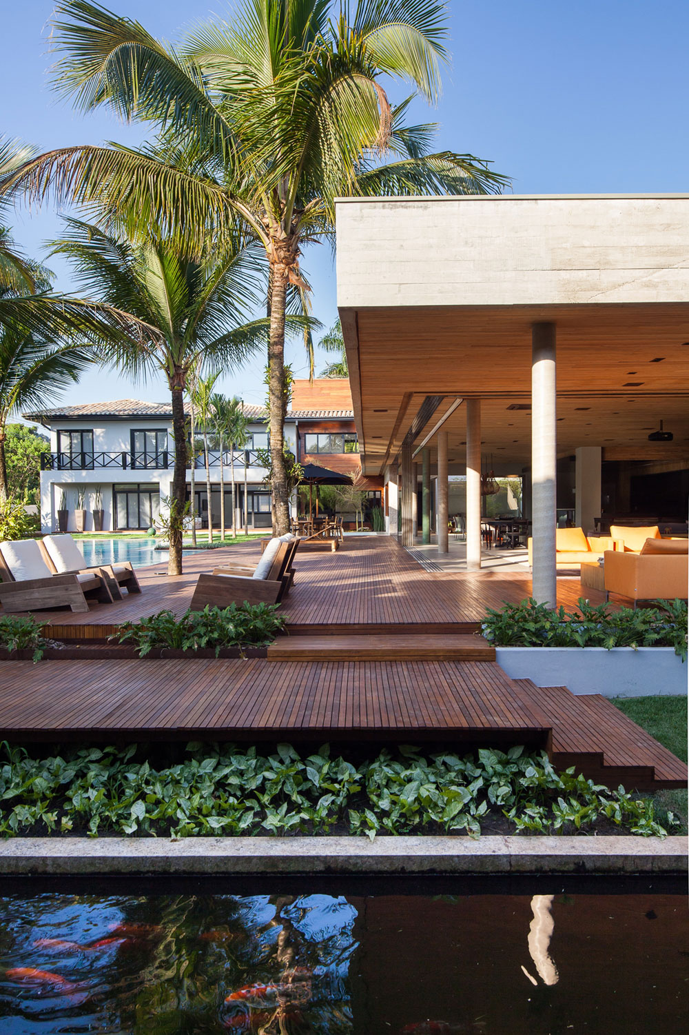Modern Leisure Pavilion of MZ Residence by Basiches Arquitetos-03