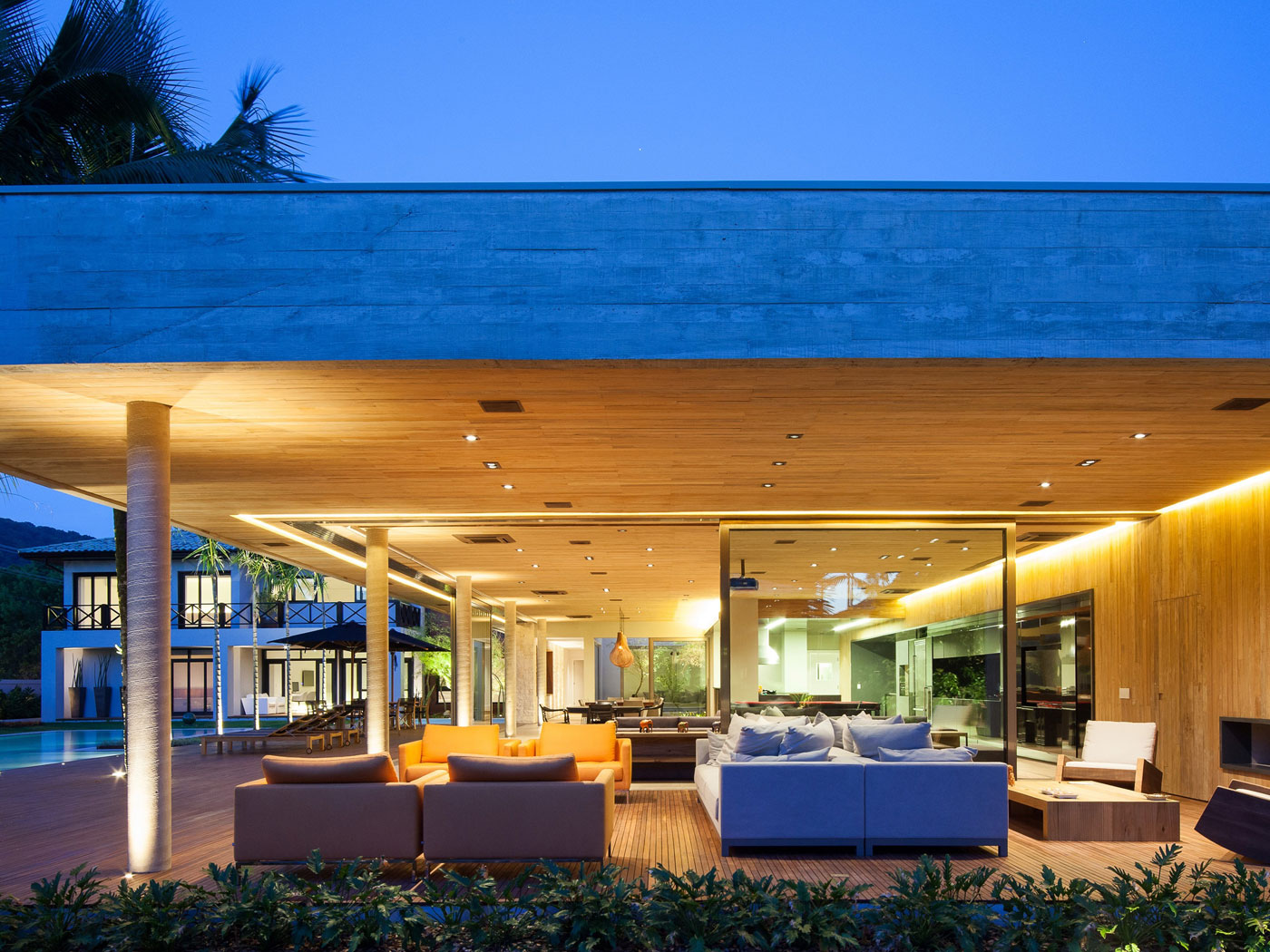 Modern Leisure Pavilion of MZ Residence by Basiches Arquitetos-12