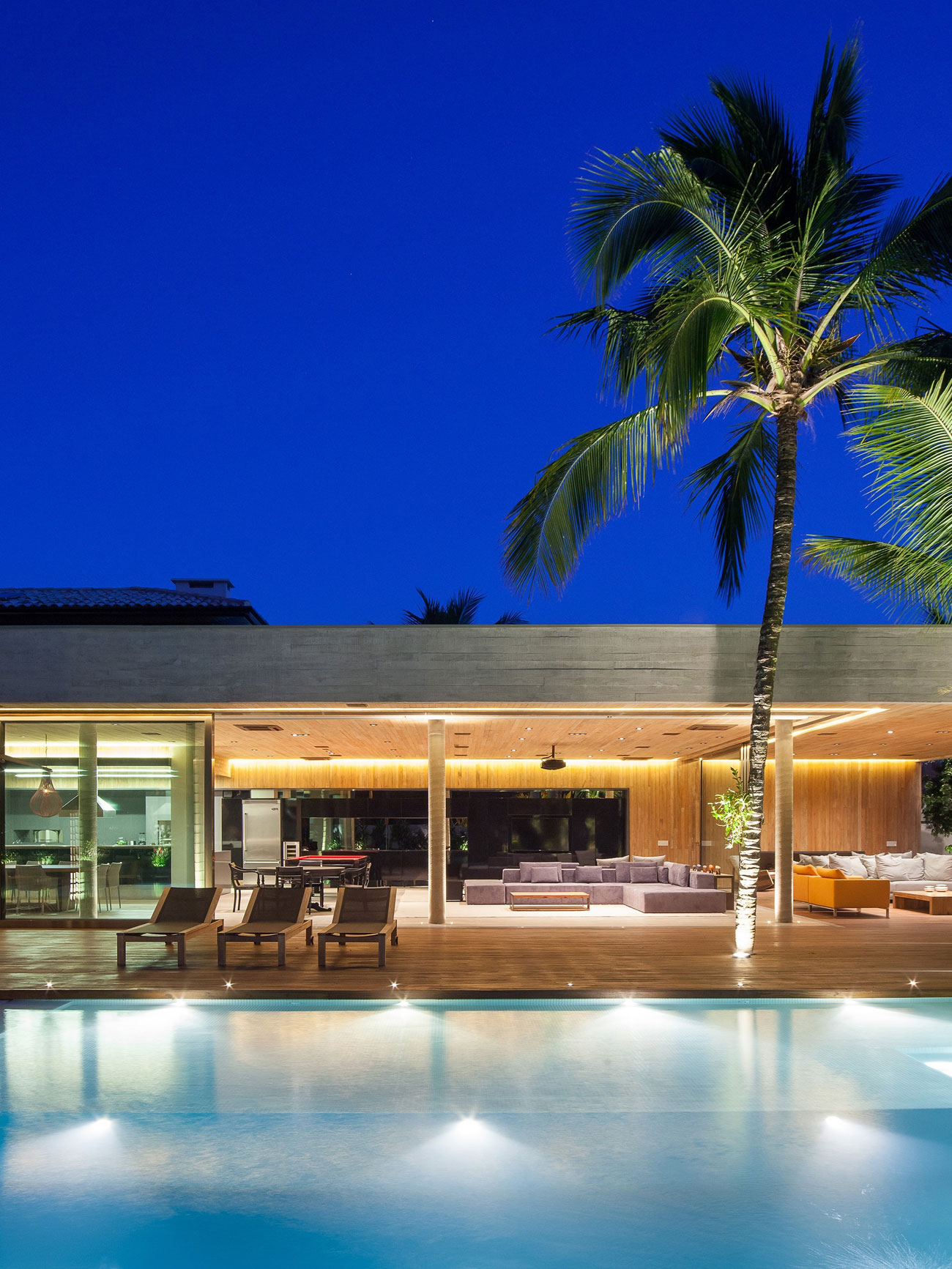 Modern Leisure Pavilion of MZ Residence by Basiches Arquitetos-15
