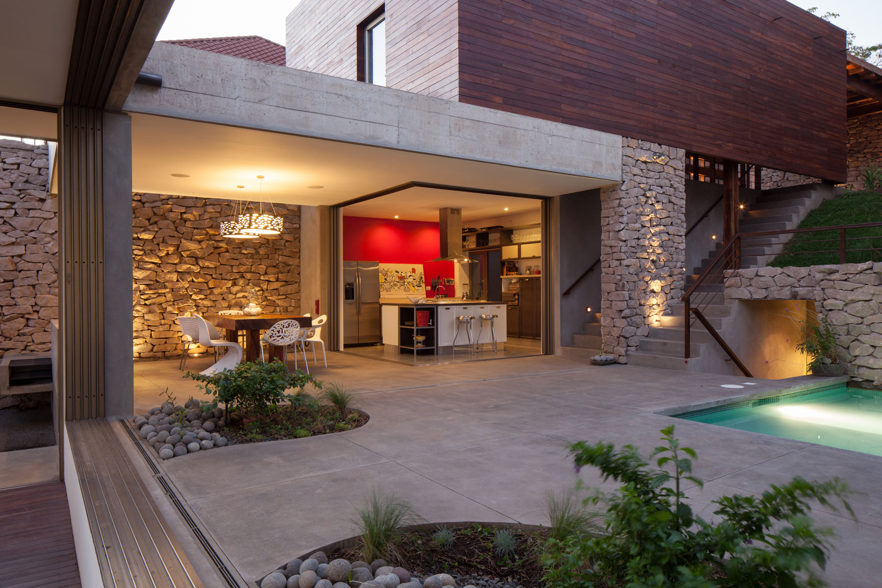 Modern, Rustic Sensation Of Garden House in El Salvador by Cincopatasalgato-15