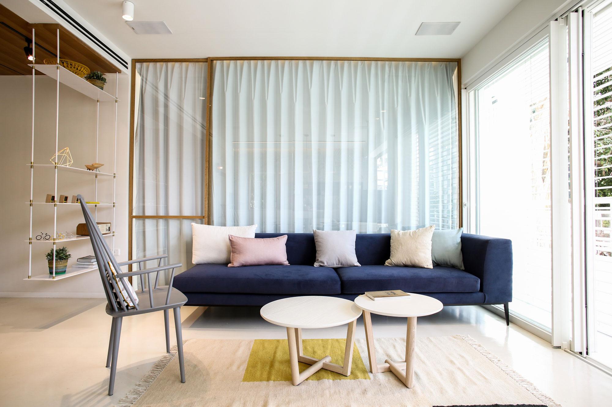Modern Weisel Apartment in Tel Aviv by Dori Interior Design-06