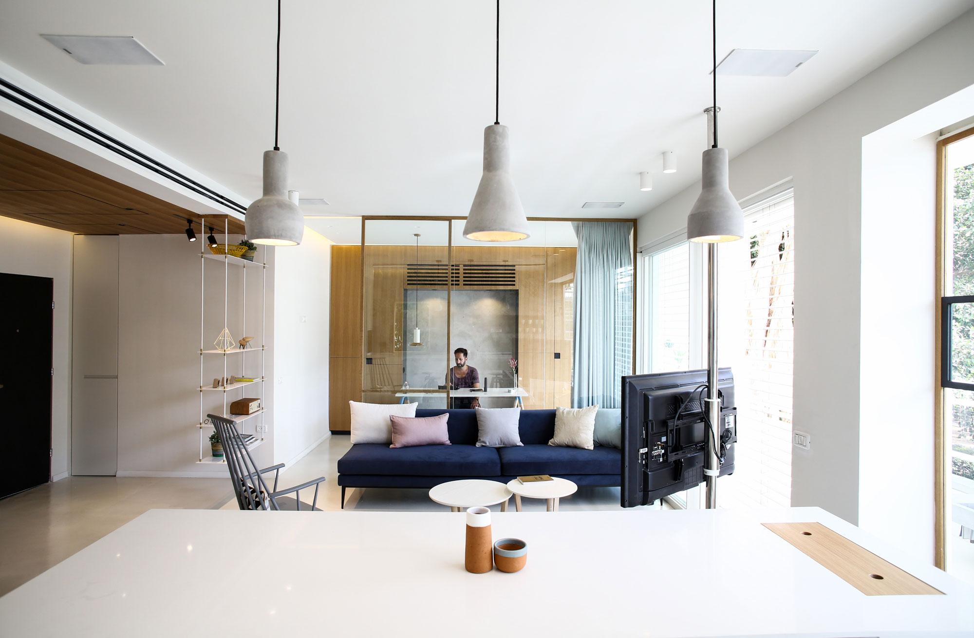 Modern Weisel Apartment in Tel Aviv by Dori Interior Design-16