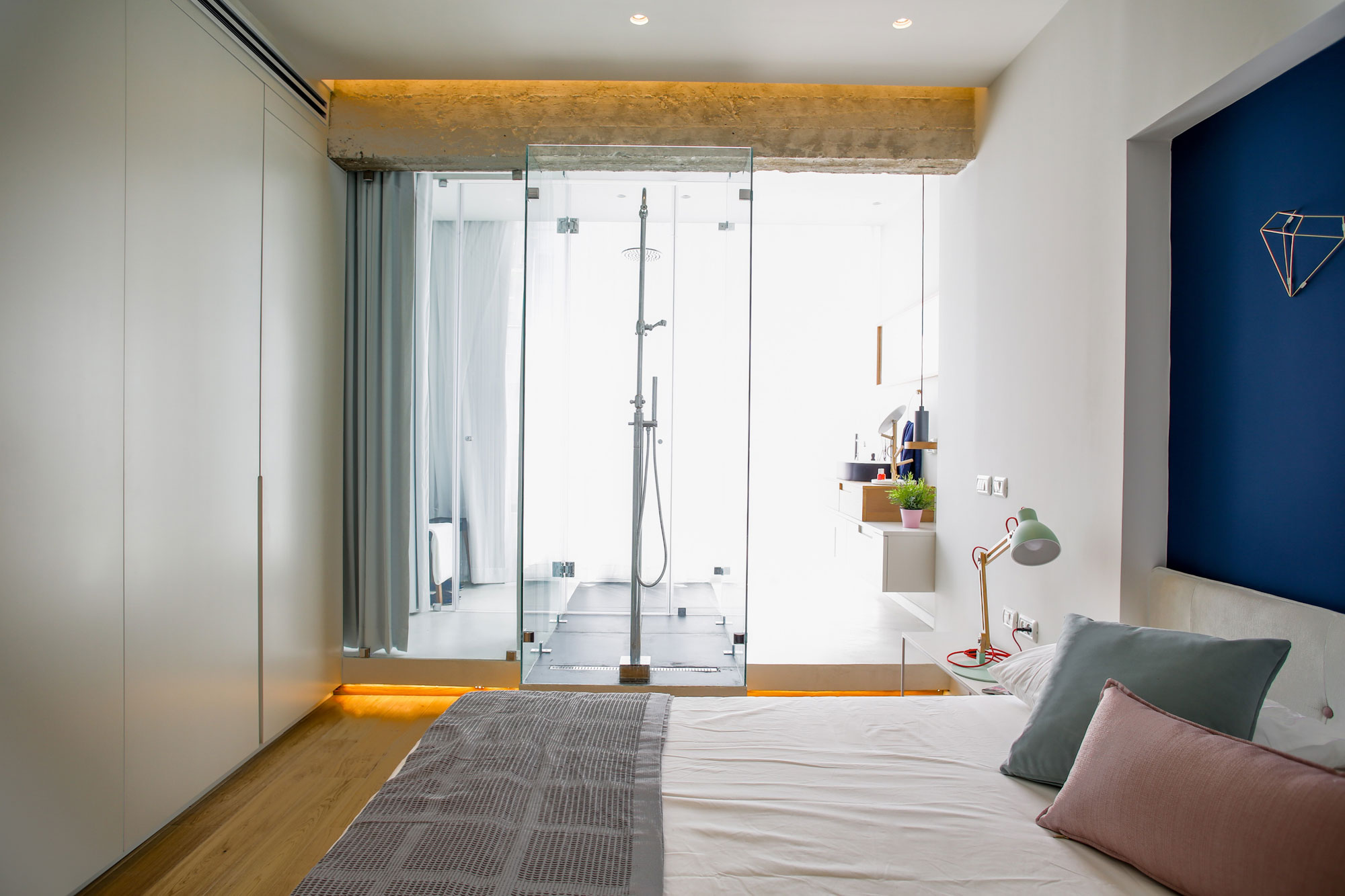 Modern Weisel Apartment in Tel Aviv by Dori Interior Design-25