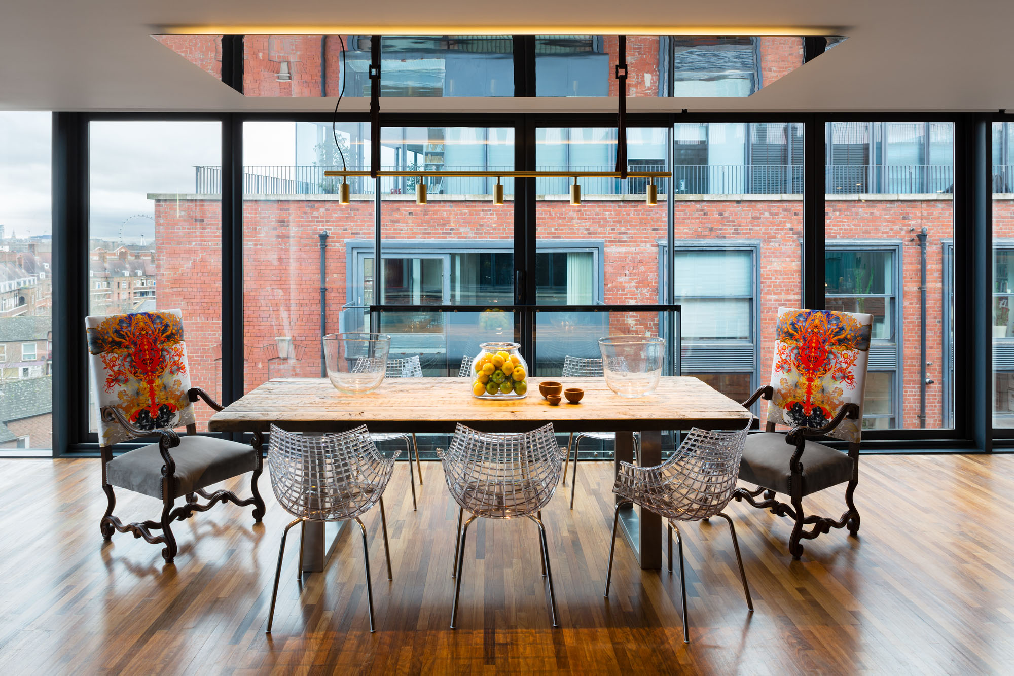 Night and Day Bermondsey Penthouse in London by Daniel Hopwood-11