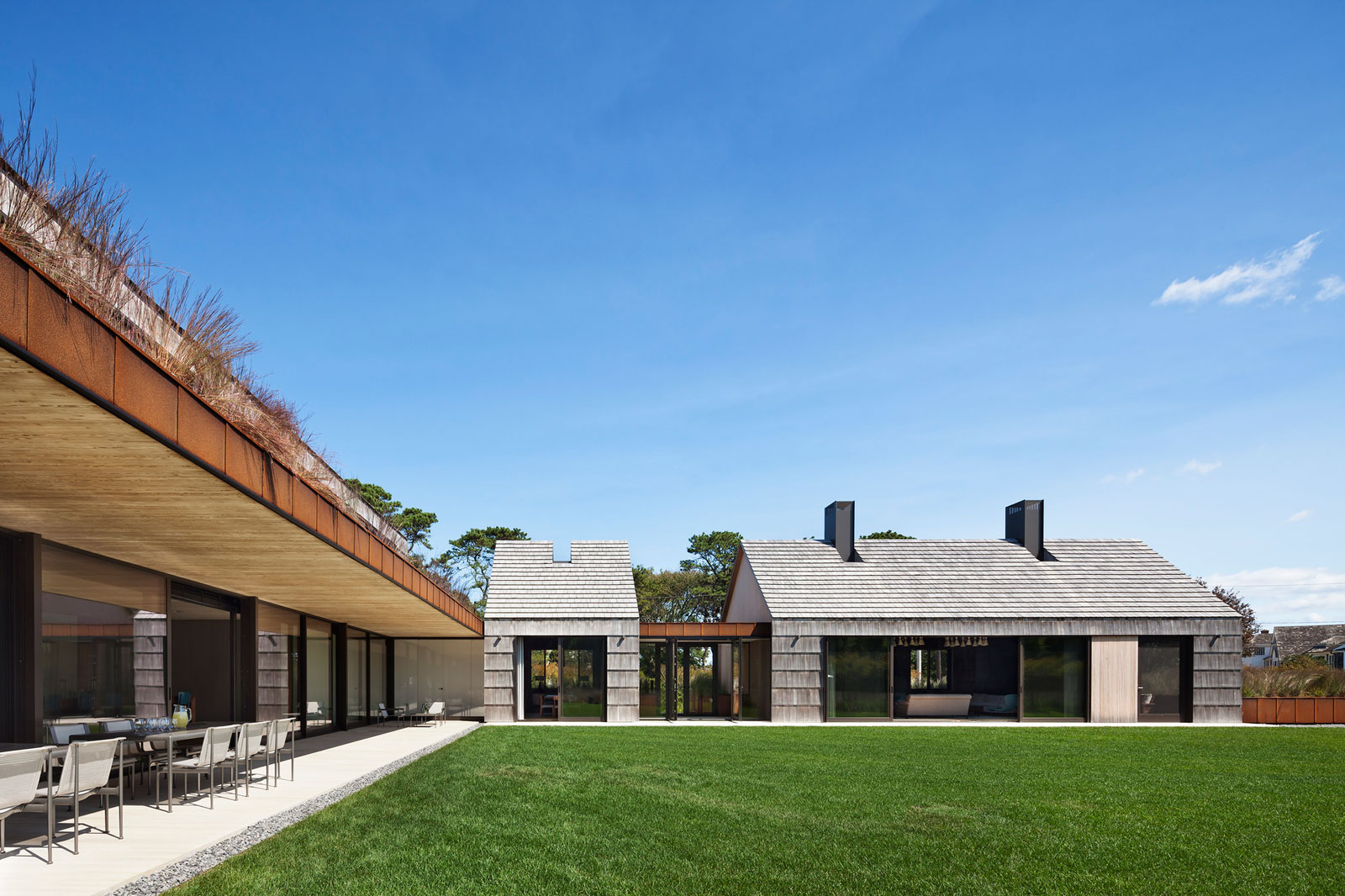 Piersons Way Residence in East Hampton by Bates Masi Architects-05