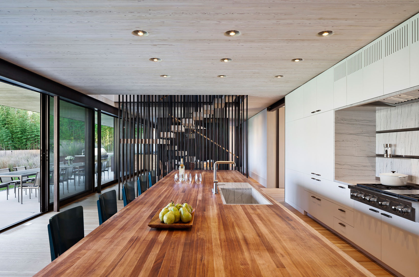 Piersons Way Residence in East Hampton by Bates Masi Architects-09