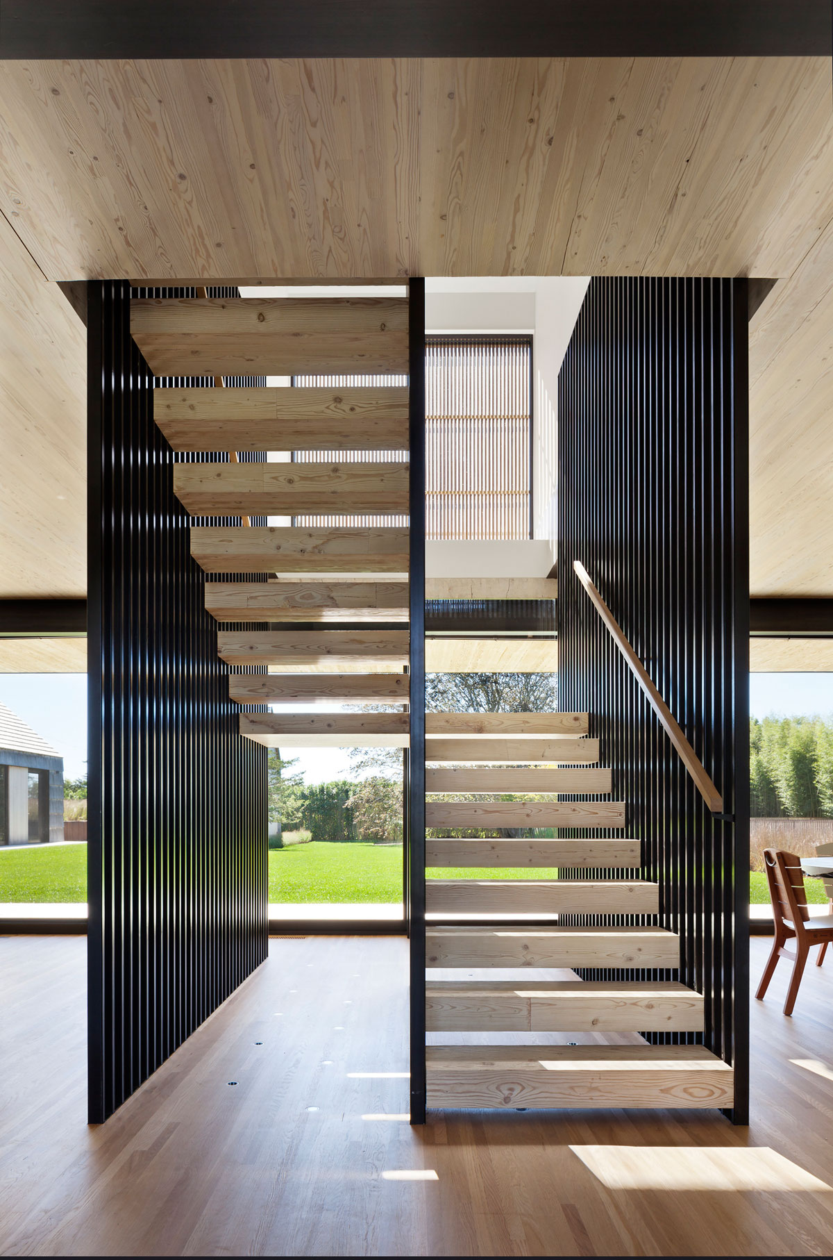 Piersons Way Residence in East Hampton by Bates Masi Architects-11