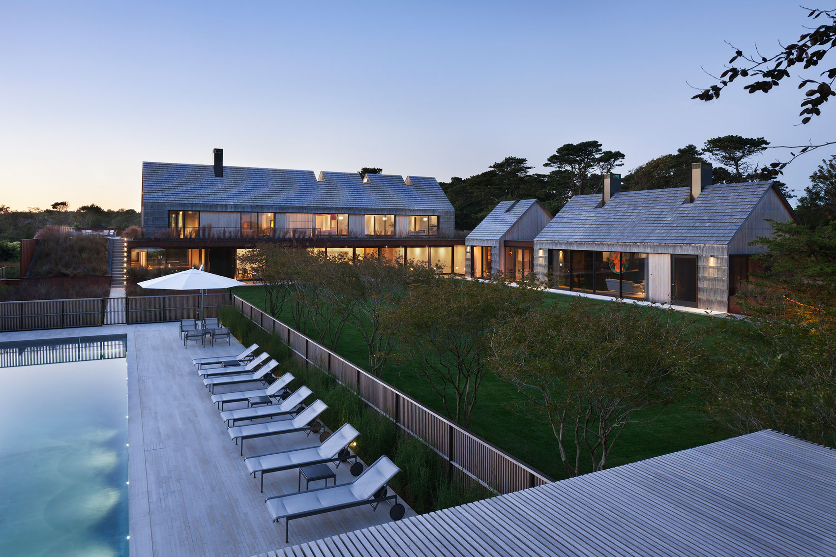 Piersons Way Residence In East Hampton By Bates Masi