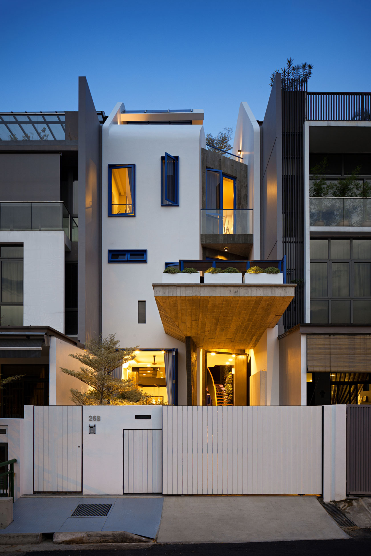 Poh Huat Road Residence by Envelope Architects-10