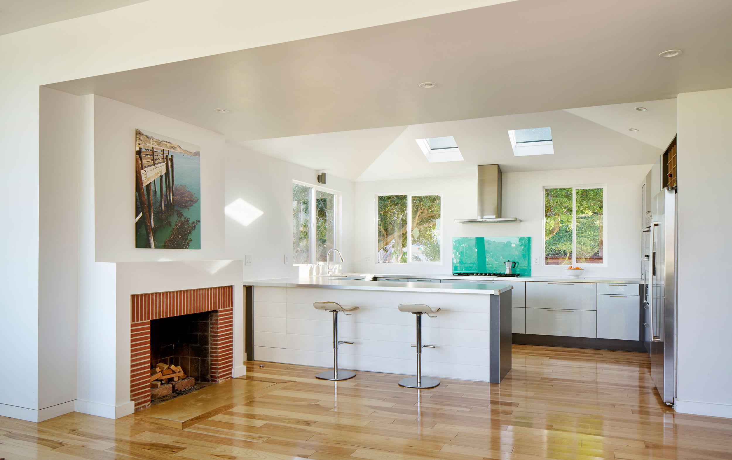 Ranch House Converted into Contemporary Morris Residence by Martin Fenlon Architecture-06
