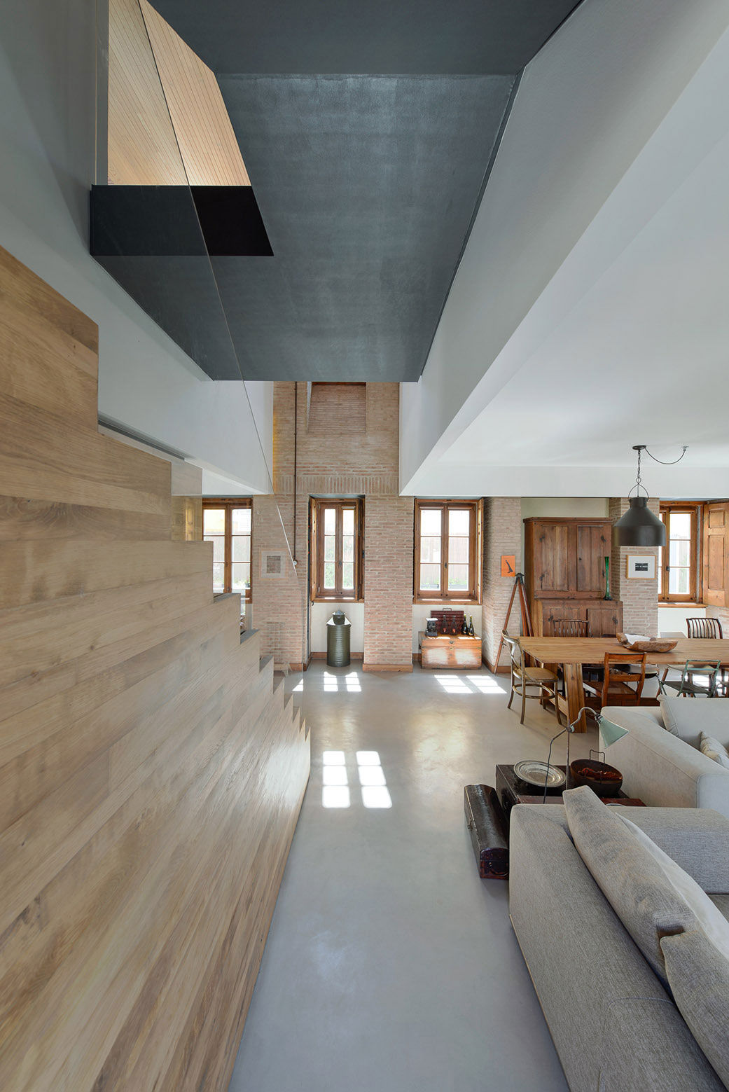 Renovation of a 1923 House in Estoril by Ricardo Moreno Arquitectos-09