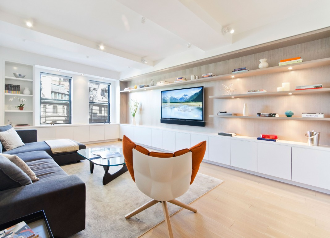 Riverside Drive Family Apartment in Manhattan by StudioLab