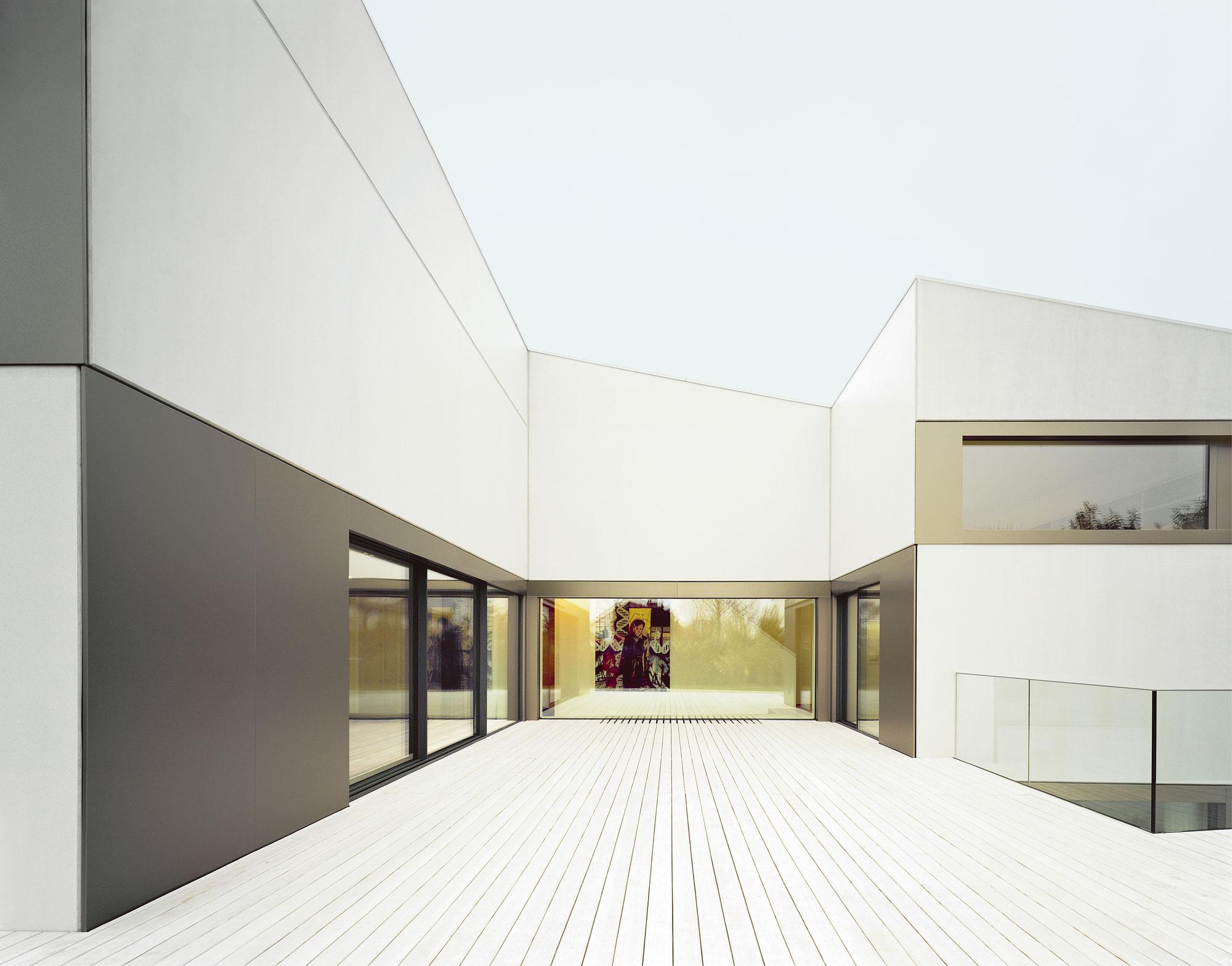 S3 City Home in Tübingen by Steimle Architekten-07