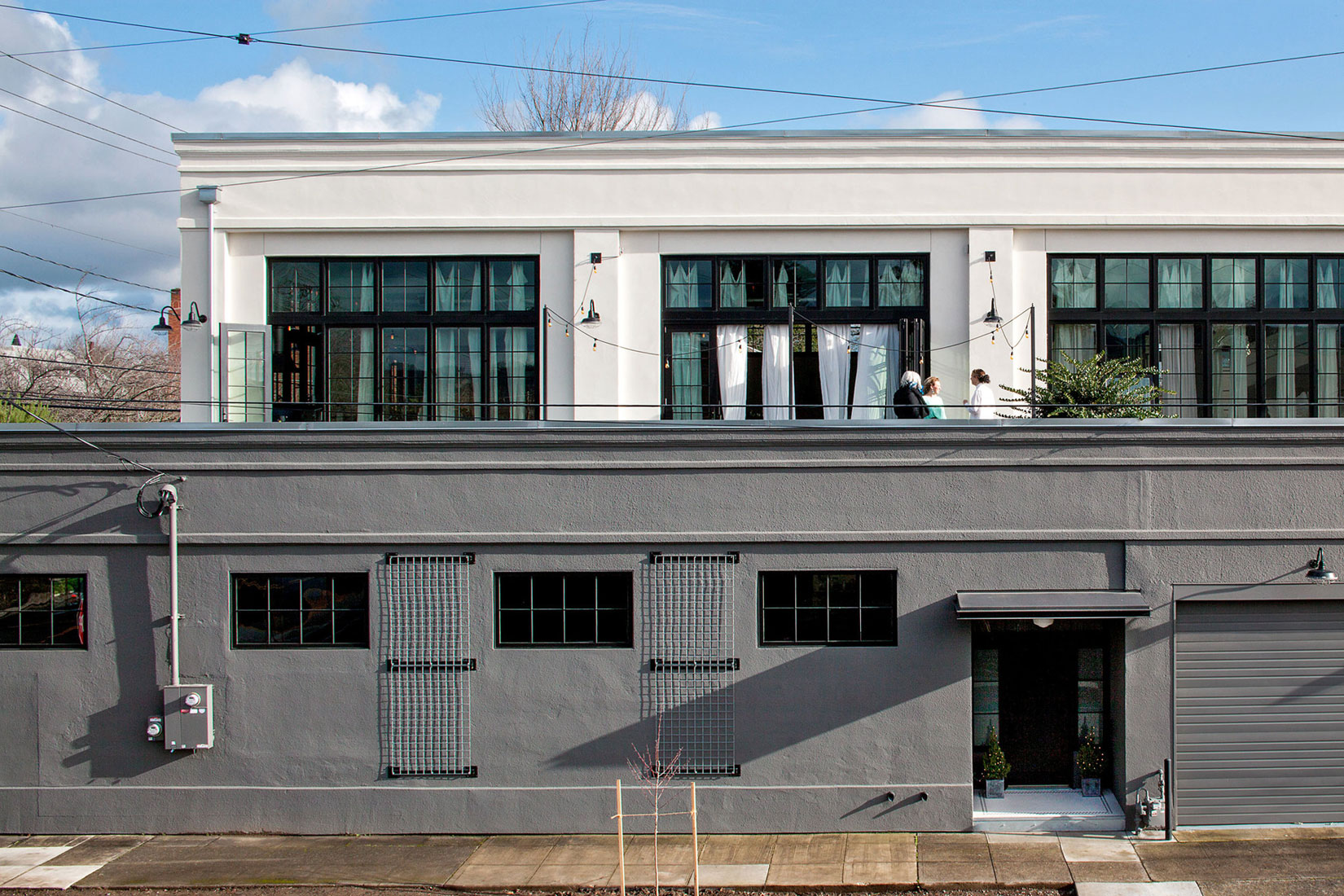 Se Division Street Industrial Penthouse in Portland by Emerick Architects-01