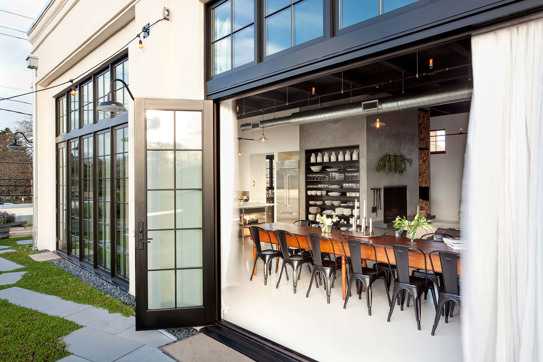 Se Division Street Industrial Penthouse in Portland by Emerick Architects-02