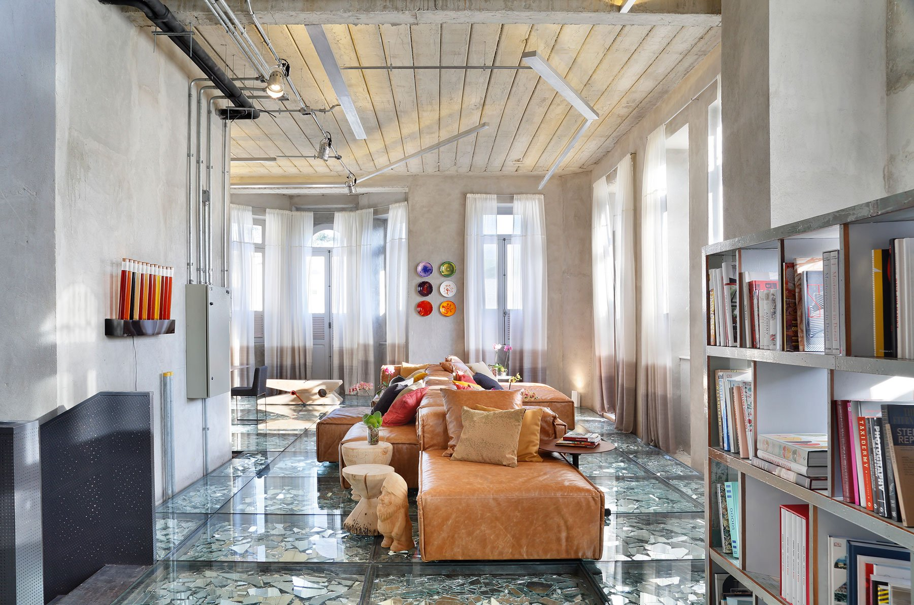 Stylish and Eclectic Design with Broken Glass Floor of Lab LZ for Casa Cor Rio 2015 by Giselle Taranto Architecture-04