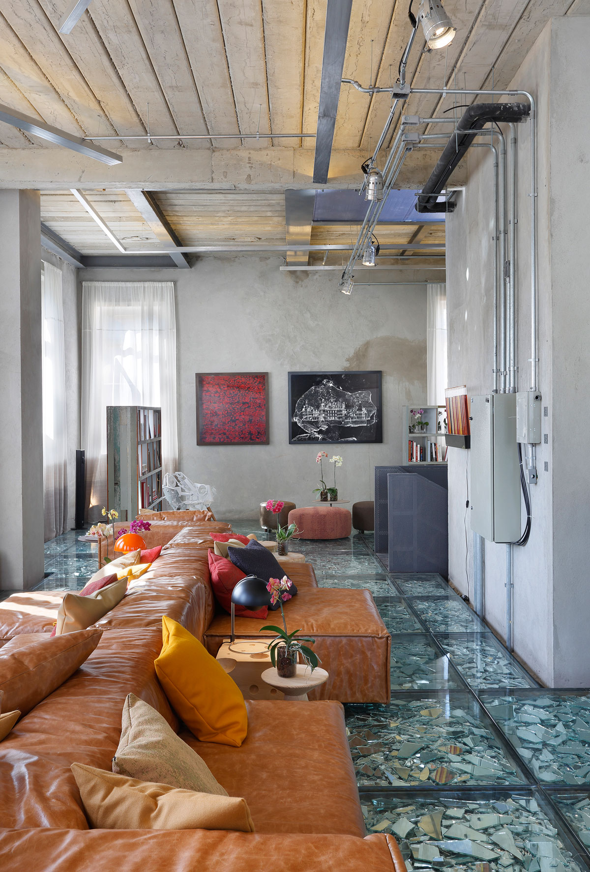 Stylish and Eclectic Design with Broken Glass Floor of Lab LZ for Casa Cor Rio 2015 by Giselle Taranto Architecture-11