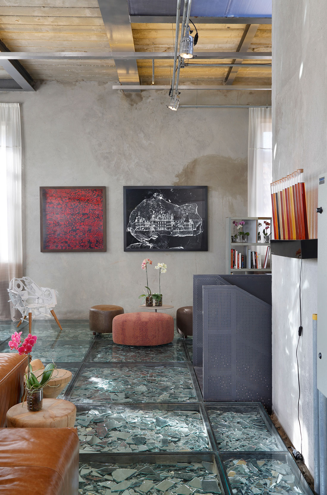 Stylish and Eclectic Design with Broken Glass Floor of Lab LZ for Casa Cor Rio 2015 by Giselle Taranto Architecture-14
