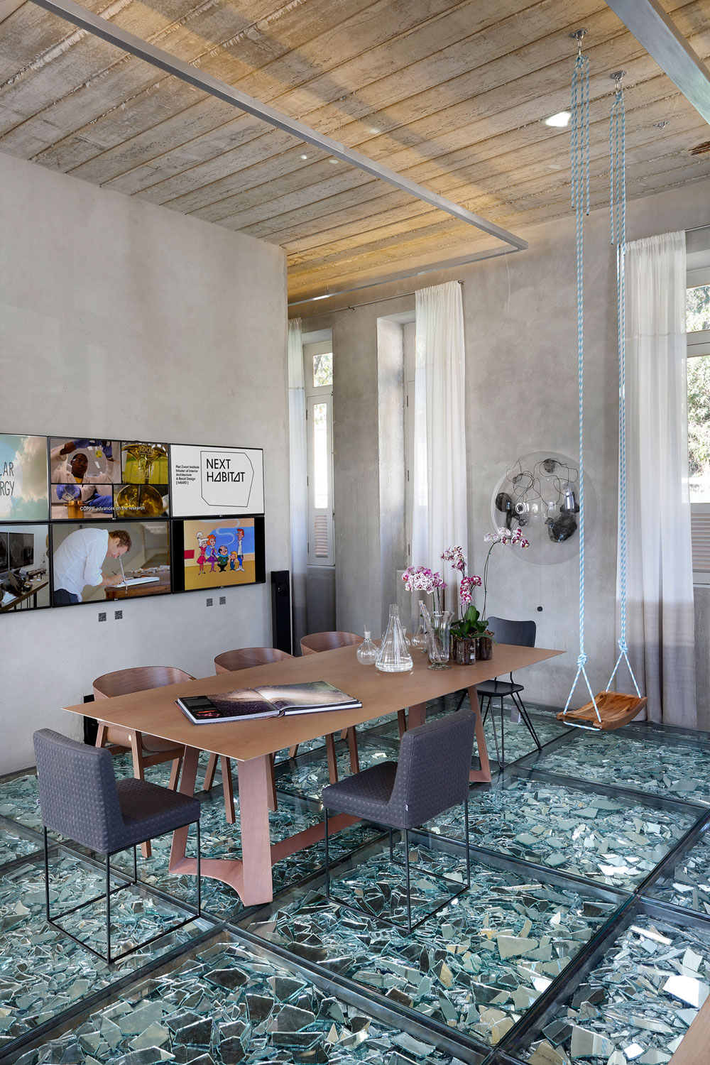 Stylish and Eclectic Design with Broken Glass Floor of Lab LZ for Casa Cor Rio 2015 by Giselle Taranto Architecture-20