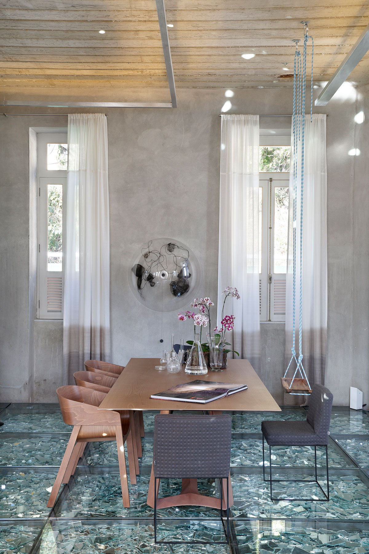 Stylish and Eclectic Design with Broken Glass Floor of Lab LZ for Casa Cor Rio 2015 by Giselle Taranto Architecture-25
