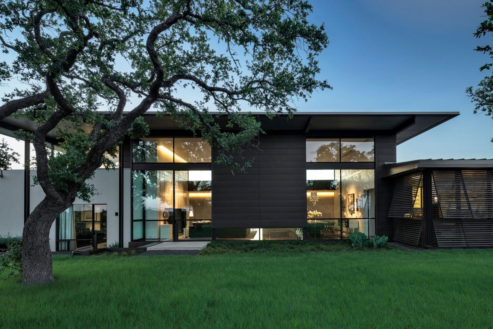 ultramodern ranch