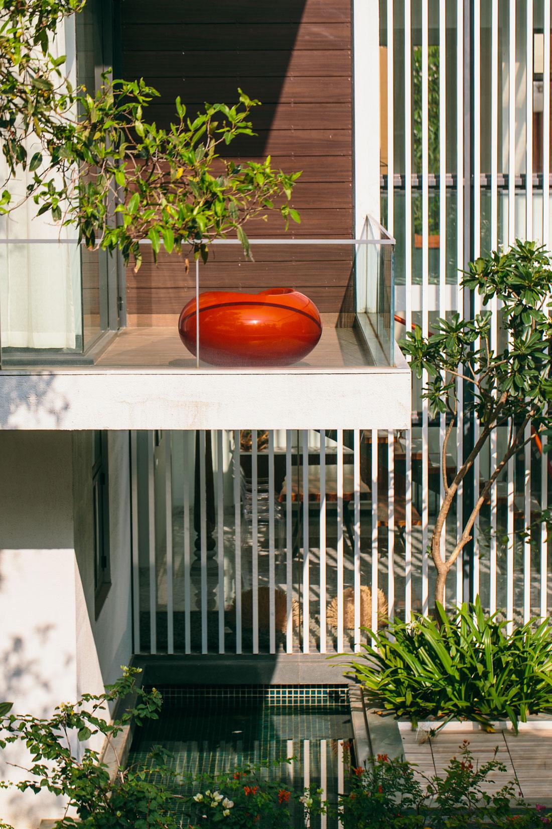 The Courtyard House near Bangalore by Abin Design Studio-06