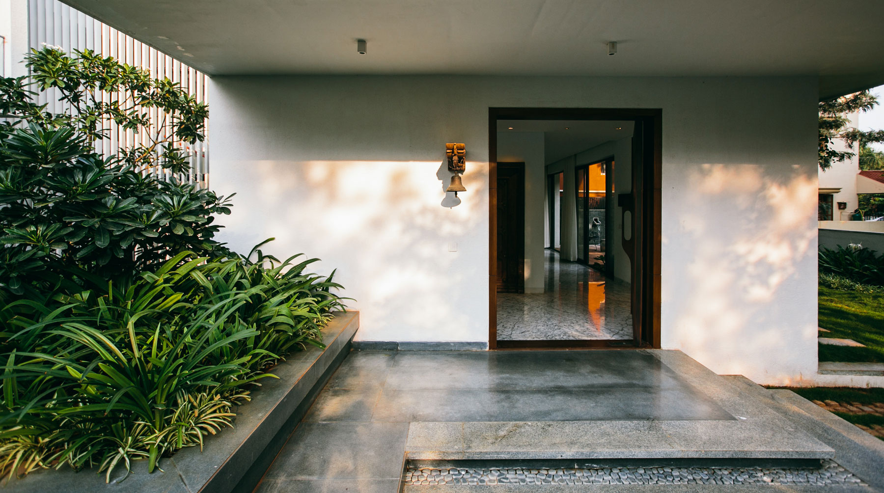 The Courtyard House near Bangalore by Abin Design Studio-10