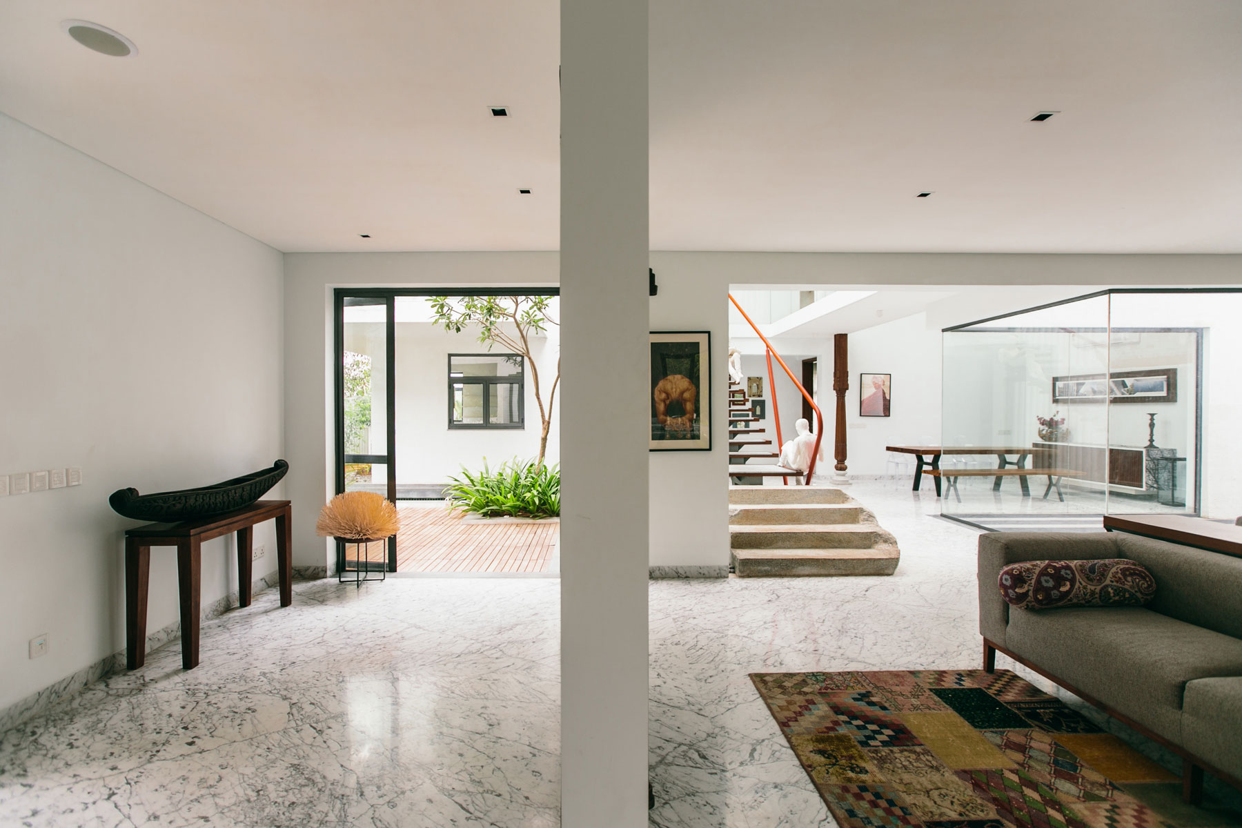 The Courtyard House near Bangalore by Abin Design Studio-11