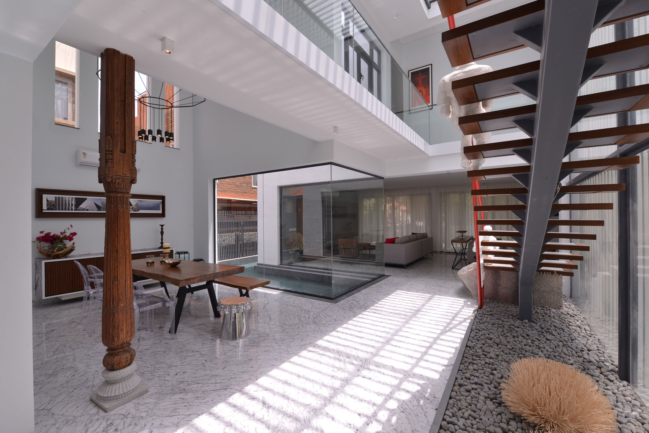 The Courtyard House near Bangalore by Abin Design Studio-12