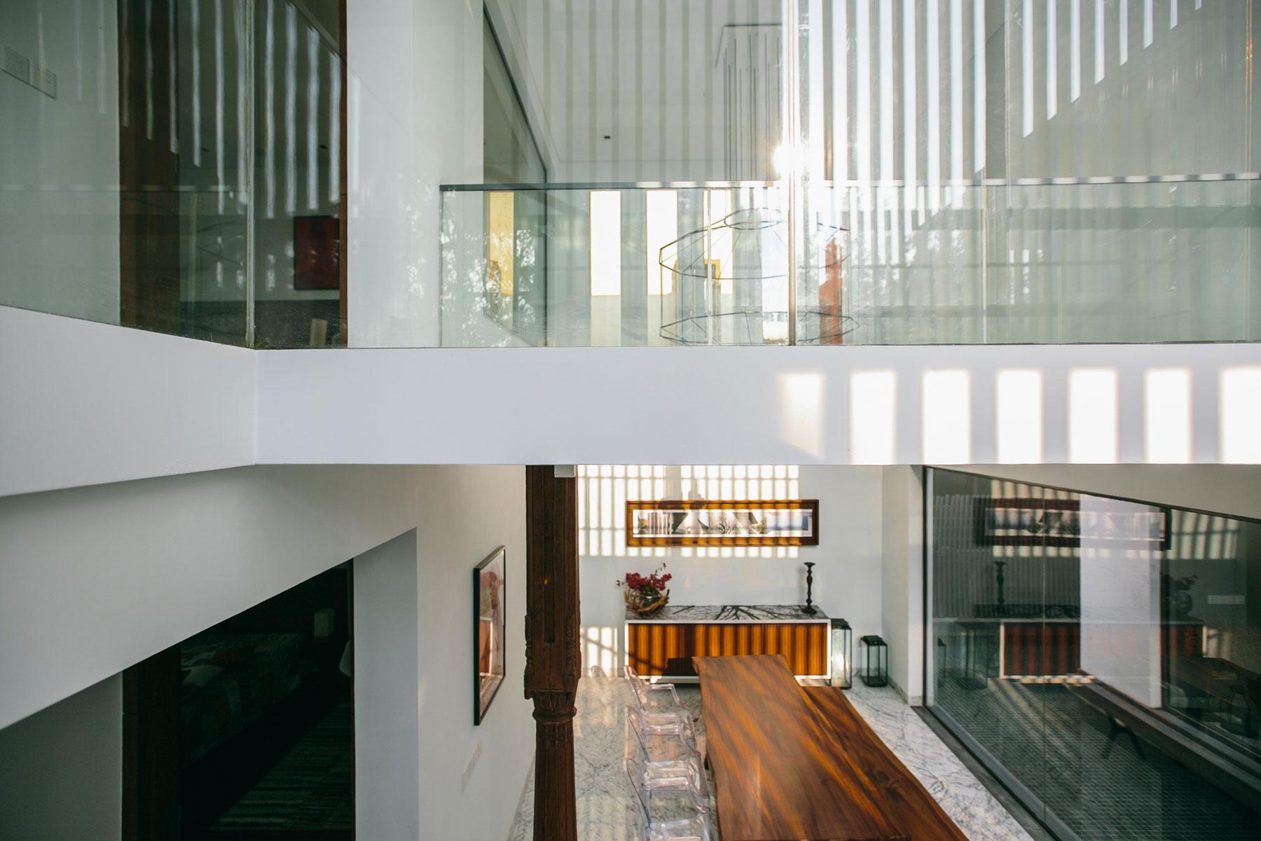 The Courtyard House near Bangalore by Abin Design Studio-19