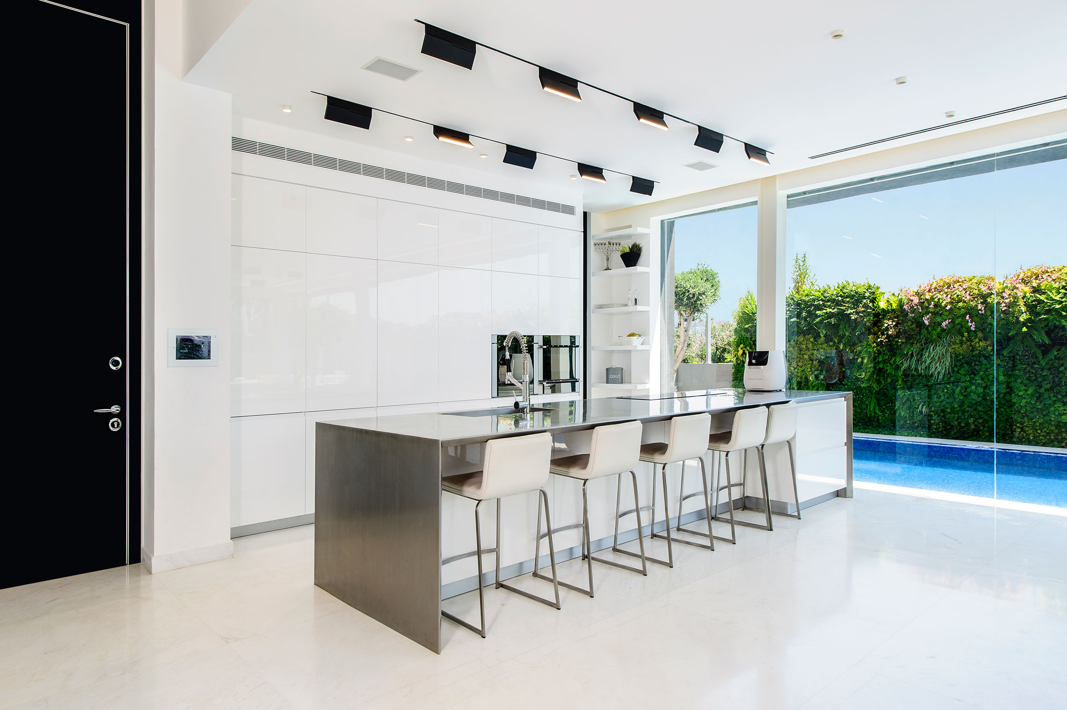 The Hidden Home in Tel Aviv by Israelevitz Architects-15