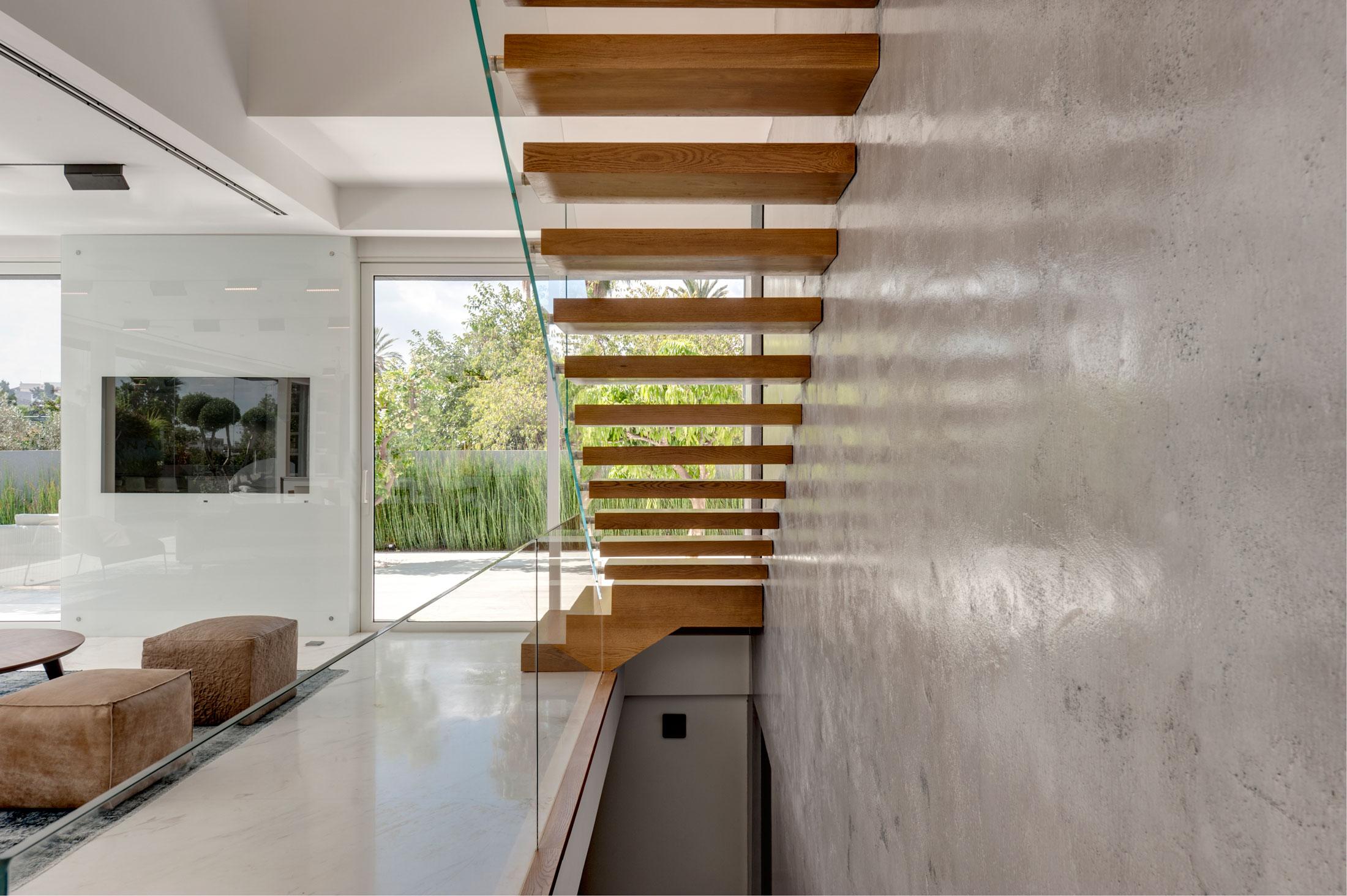 The Hidden Home in Tel Aviv by Israelevitz Architects-20