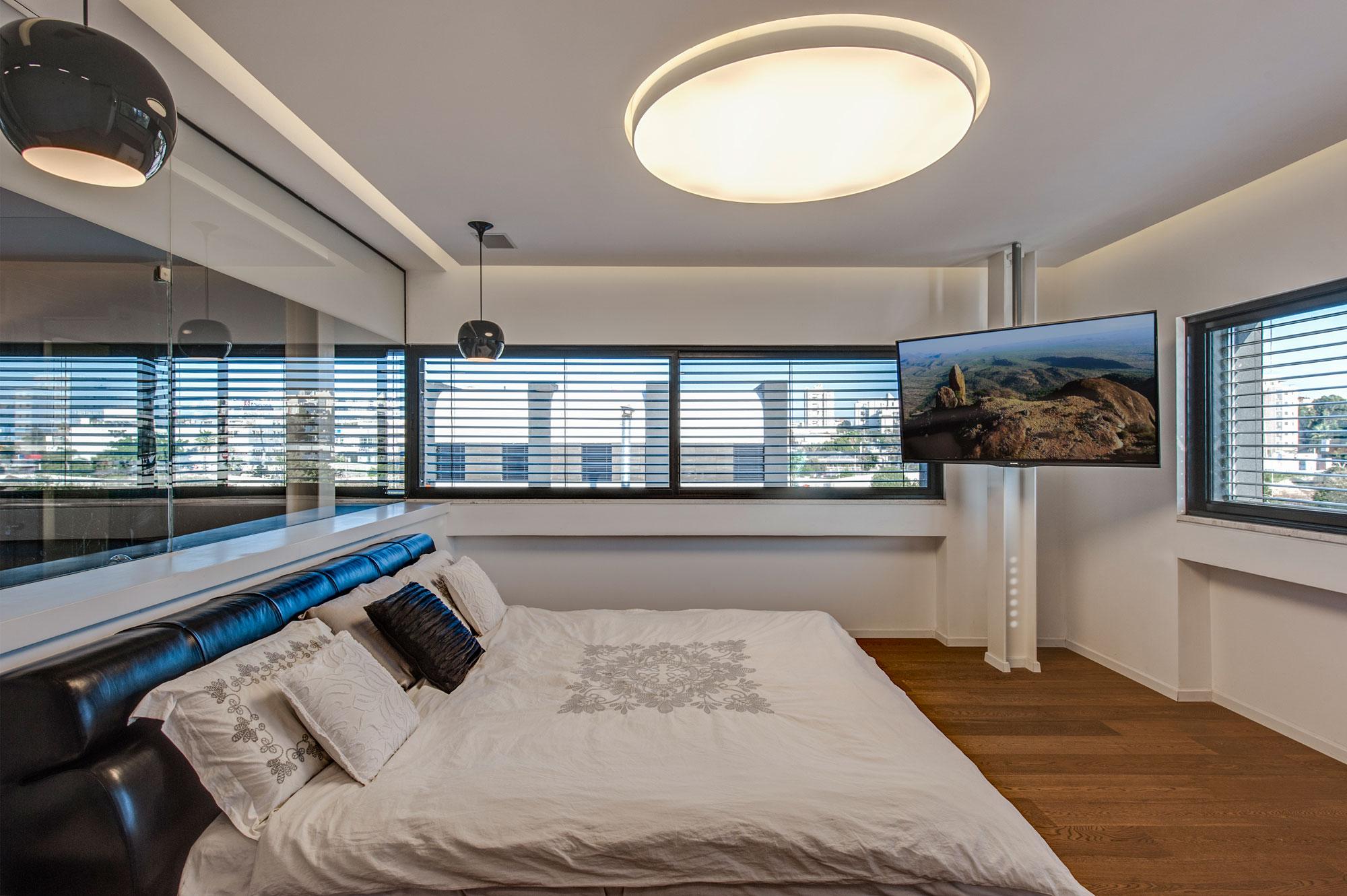 The Hidden Home in Tel Aviv by Israelevitz Architects-22