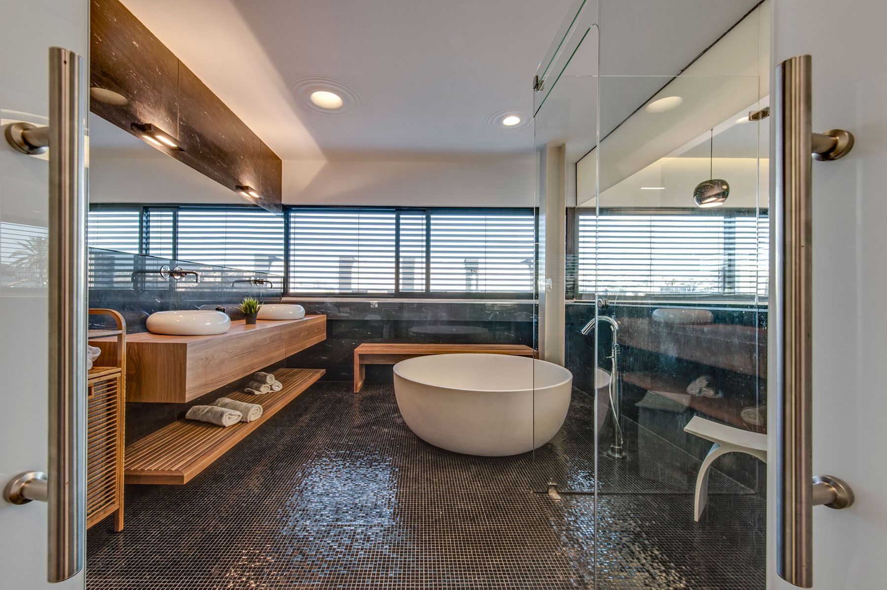 The Hidden Home in Tel Aviv by Israelevitz Architects-23