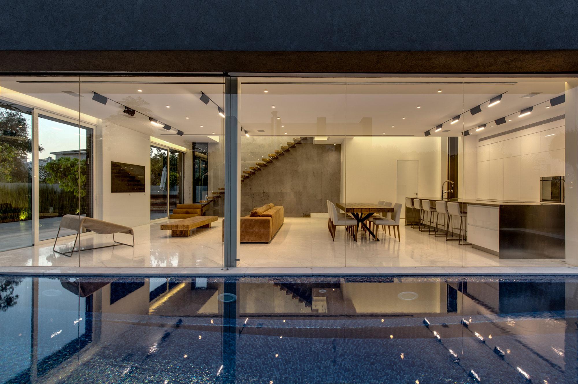 The Hidden Home in Tel Aviv by Israelevitz Architects-26