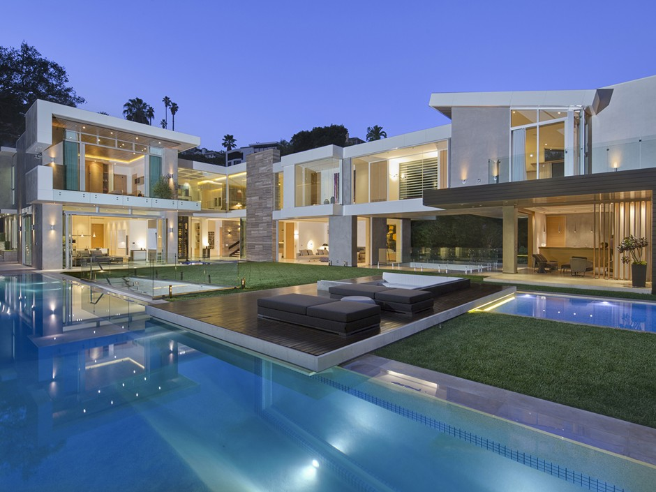 Ultramodern Masterpiece Home on Sunset Strip with Automated Wine Rack-01