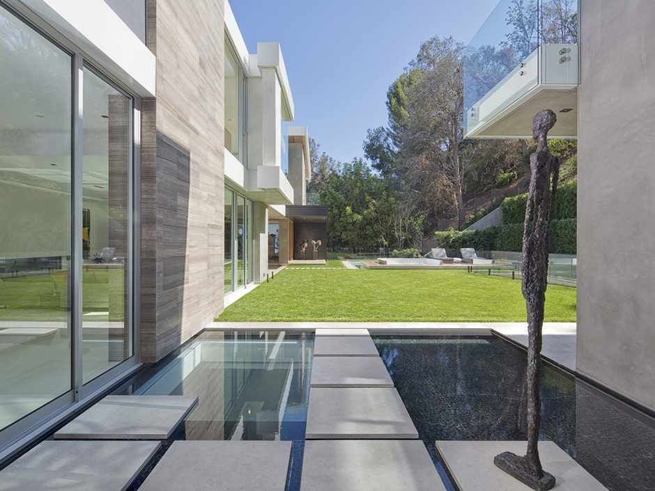 Ultramodern Masterpiece Home on Sunset Strip with Automated Wine Rack-14