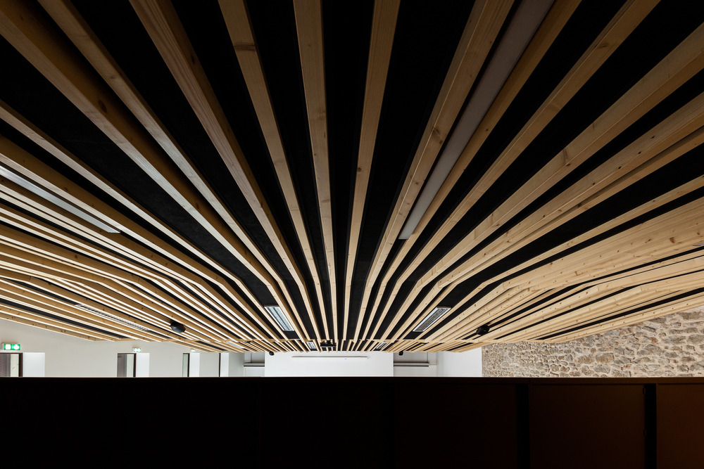 Wedding room and Town Hall square of Jacou by NBJ architectes-04
