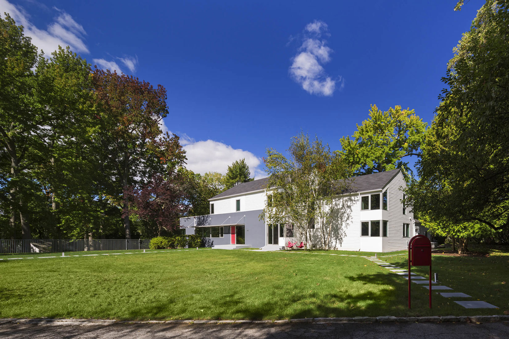 Westchester Colonial Style House by Fougeron Architecture-01