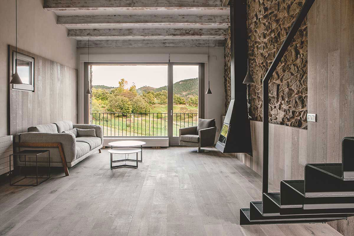 Wood Warmth House Rehabilitation in La Cerdanya by Dom Arquitectura-04