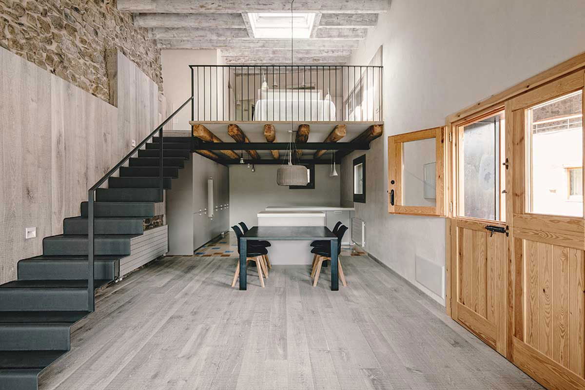 Wood Warmth House Rehabilitation in La Cerdanya by Dom Arquitectura-08