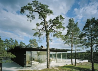 Överby Lake House near Stockholm by John Robert Nilsson Arkitektkontor