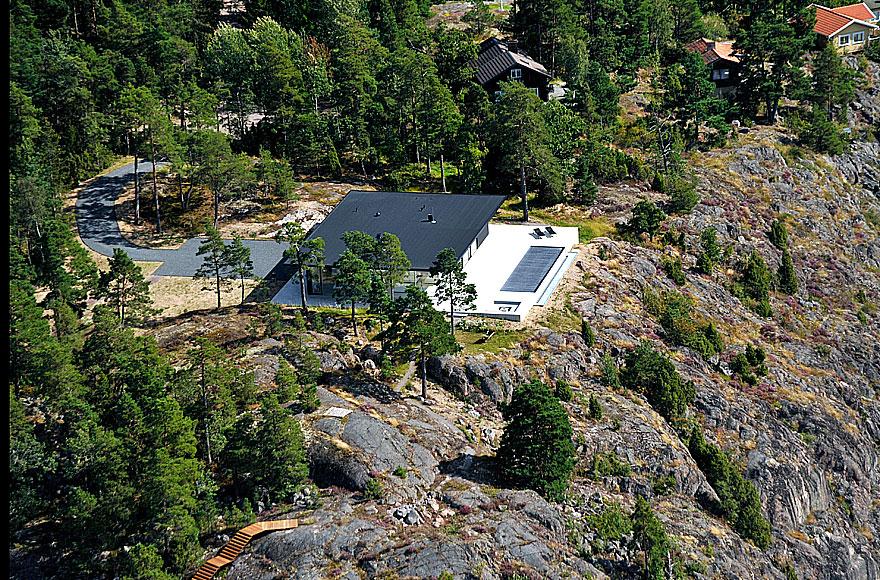 Överby Lake House near Stockholm by John Robert Nilsson Arkitektkontor-09