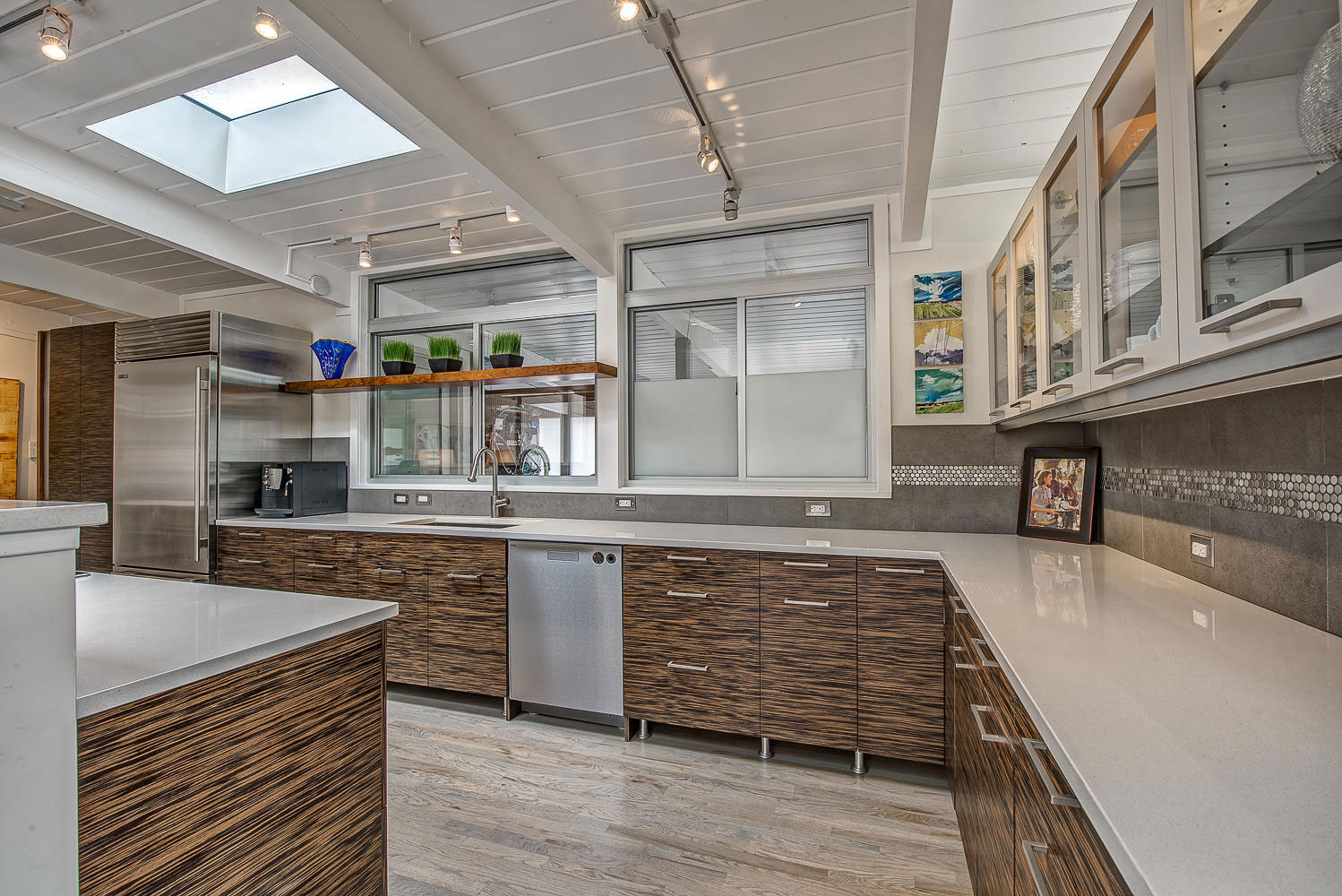 1317 South Fairfax Street Home Converted into Contemporary Residence by Lovedy Barbatelli-19