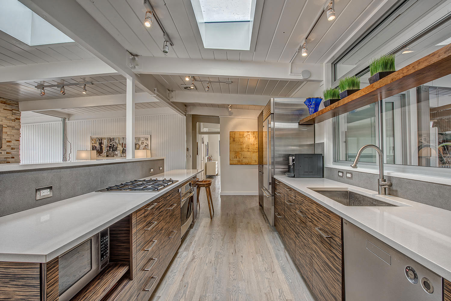 1317 South Fairfax Street Home Converted into Contemporary Residence by Lovedy Barbatelli-20
