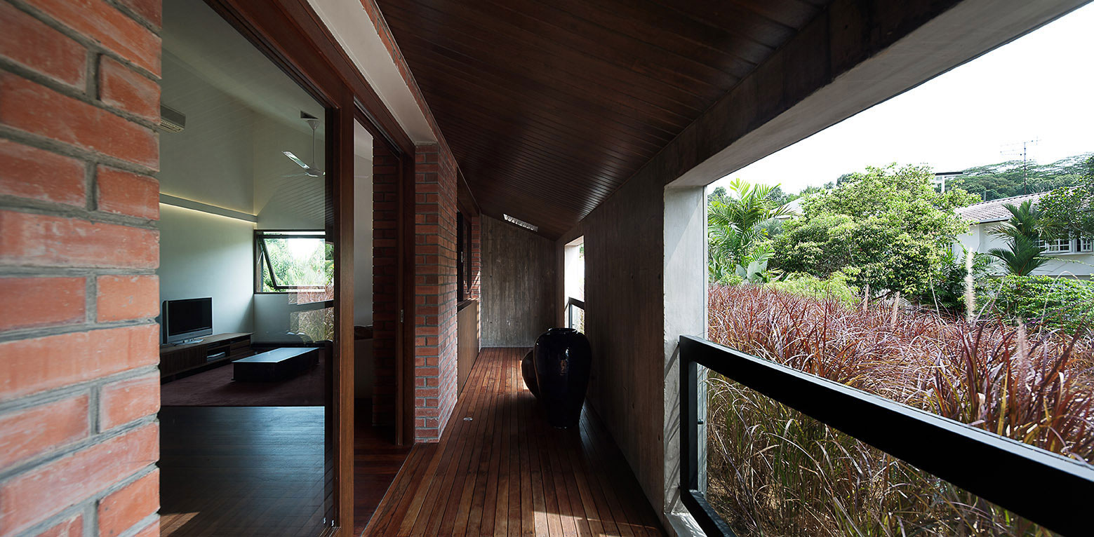 19 Sunset Place Contemporary Bungalow House by ipli architects-06