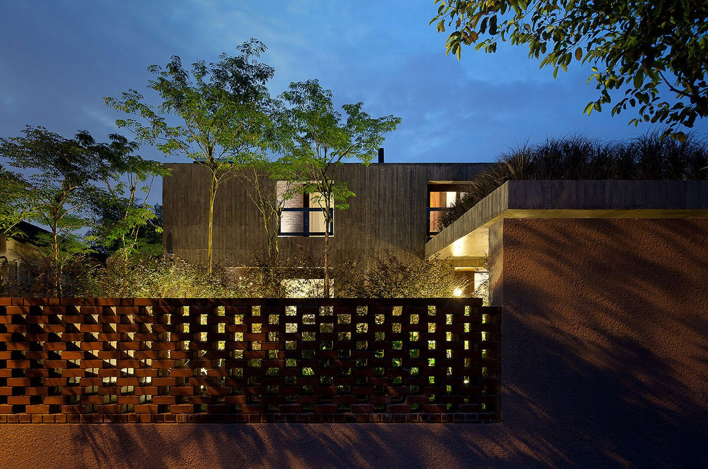 19 Sunset Place Contemporary Bungalow House by ipli architects-12