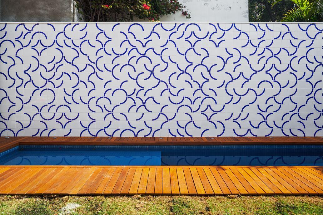 7x37 House in Sao Paulo by CR2 Arquitetura-03