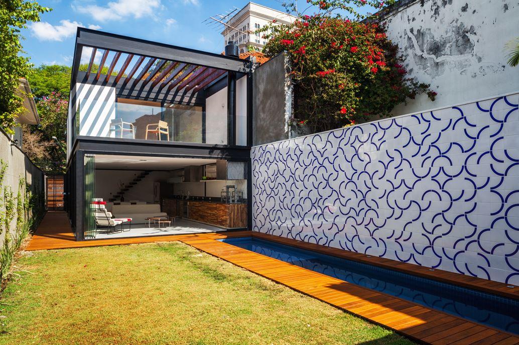 7x37 House in Sao Paulo by CR2 Arquitetura-04